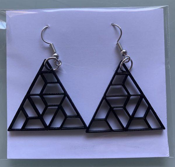 pendientes 3d triangulos negros